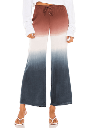 Chaser Wide Leg Easy Pant in Navy, Brown. Size M.