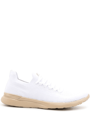 APL: ATHLETIC PROPULSION LABS Techloom low-top sneakers - White