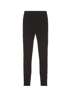 On Active Pants in Black - Black. Size L (also in M, S, XL).