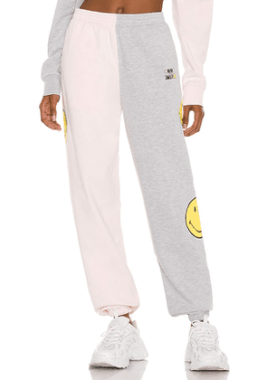 By Samii Ryan x SMILEY Smile For Me Sweatpant in Pink. Size S.