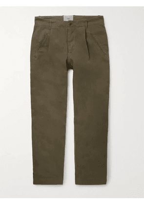 Folk - Assembly Tapered Pleated Cotton-Canvas Trousers - Men - Green - 1
