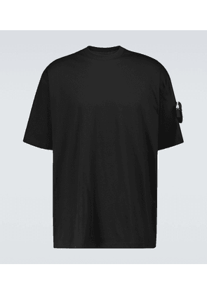 Cotton T-shirt with sleeve pocket