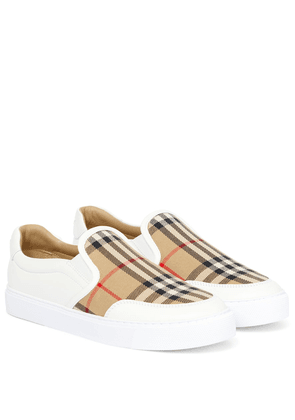 Archive Check leather sneakers