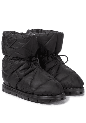 Blow quilted nylon snow boots