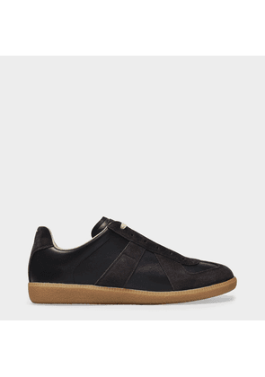 Replica Low Top Sneakers in Black Leather