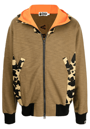A BATHING APE® panelled camouflage hoodie - Brown