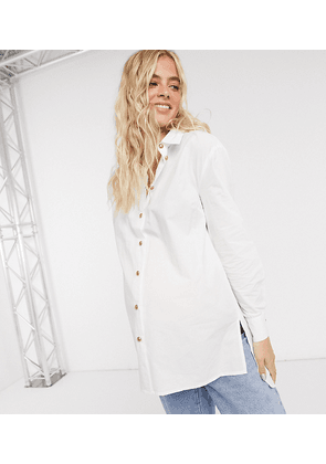 Pieces Maternity exclusive shirt in white