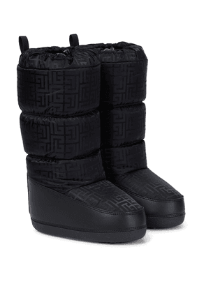 Monogram quilted snow boots