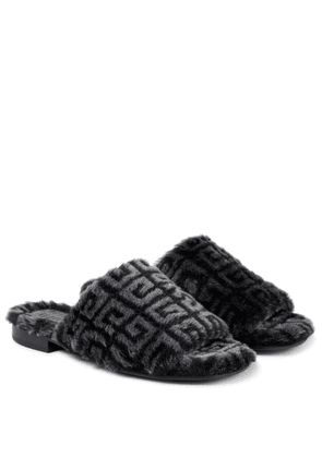 4G shearling sandals