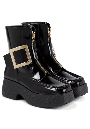 Viv' Clog patent leather ankle boots
