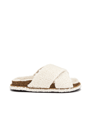 Free People So Soft Sidelines Faux Fur Footbed in Ivory. Size 36, 40, 38.