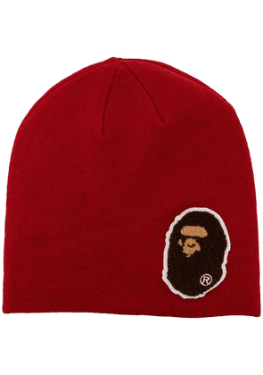 A BATHING APE® Ape patch ribbed beanie - Red